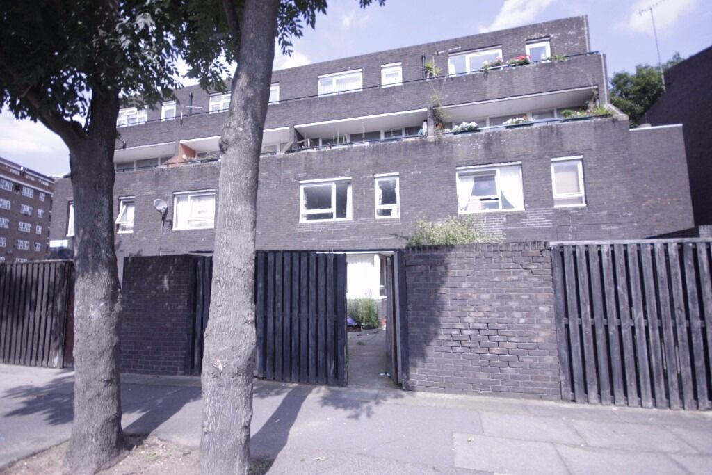4 bed terraced house to rent in Kennington Call now to view on 07432771372!!!