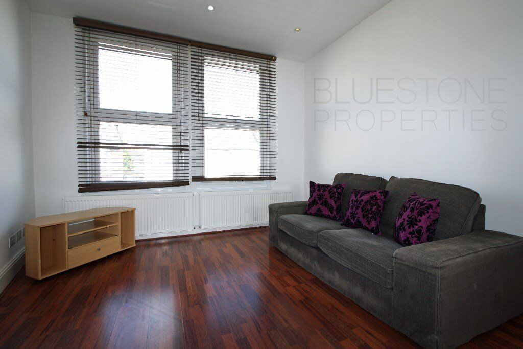 NO ADMIN FEES!!SPECIAL OFFER-TWO DOUBLE BEDROOM FLAT -CLOSE TO THORNTON HEATH STATION !AVAILABLE NOW