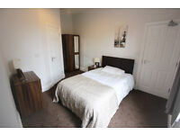 FANTASTIC DOUBLE EN-SUITE ROOM , FULLY FURNISHED, ALL BILLS INCLUDED NO DEPOSIT