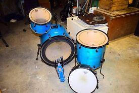 Pearl Forums series drum kit