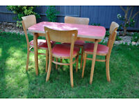 Retro (1950s?) dining table and four chairs