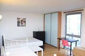 ** MODERN STUDIO APARTMENT WITH GYM AND POOL, DEPTFORD BRIDGE, GREENWICH, SE13, CALL NOW!! - AW
