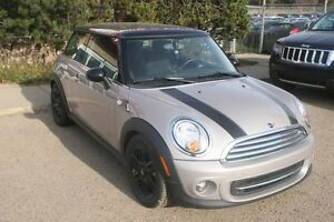 2012 MINI Cooper BAKER STREET, LEATHER. S/ROOF, ALLOYS