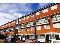 CALLING ALL STUDENT CLICK NOW-4 DOUBLE BED 2 BATH WITH GARDEN-FURNISHED IN KENNINGTON -SE17