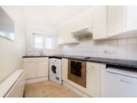 SW12 9AP - BALHAM HIGH ROAD - A STUNNING LARGE 1 BED FLAT WITHIN EACH REACH OF BALHAM UNDERGROUND