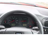 2003 Volvo V40 Estate, 2L S model £360 No MOT please read description