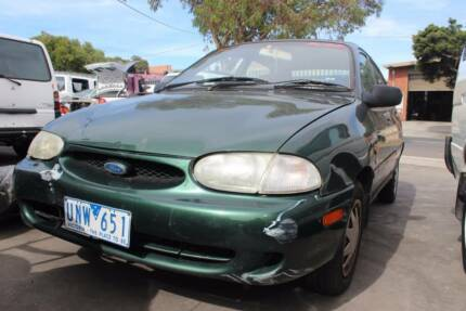 Wrecking a 1997 FORD FESTIVA for Parts