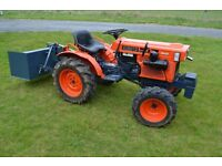 Kubota Compact Tractor B7100 4WD - Diff Lock, Link Box - Ex Condition