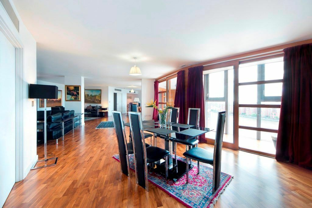 4 Bedroom 4 bathroom Twin Luxury Duplex Apartment With Stunning River Views In Battersea
