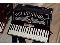 Calvi Parma accordion Italy, musette tuning suitable for Scottish folk music. Serviced and tuned