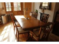 Expandable inlaid dining table and 6 matching chairs - (2 Carver chairs)