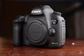 5D Mark 3 Full Frame DSLR Camera