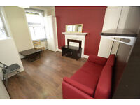 A modern studio finished to a very high standard, located off Grays Inn Road with all bills included