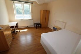 *SPACIOUS DOUBLE ROOM*