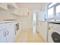 ***MODERN 4 BEDROOM + SEPARATE RECEPTION + PRIVATE GARDEN IN LADYSMITH ROAD N18***