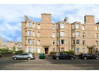 2 bed flat in Magdalen Yard Road, Dundee