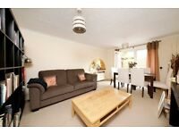 SPACIOUS 2 double Room *APARTMENT* OUTSIDE BBQ area with decking >DOUBLE GLAZING< FURNISHED