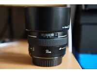 Canon EF 50mm F1.4 USM Lens with filter and Lens Hood Excellent Condition