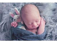 Female Photographer : Newborn, Cake Smash, Children, Couples, Family Photoshoots