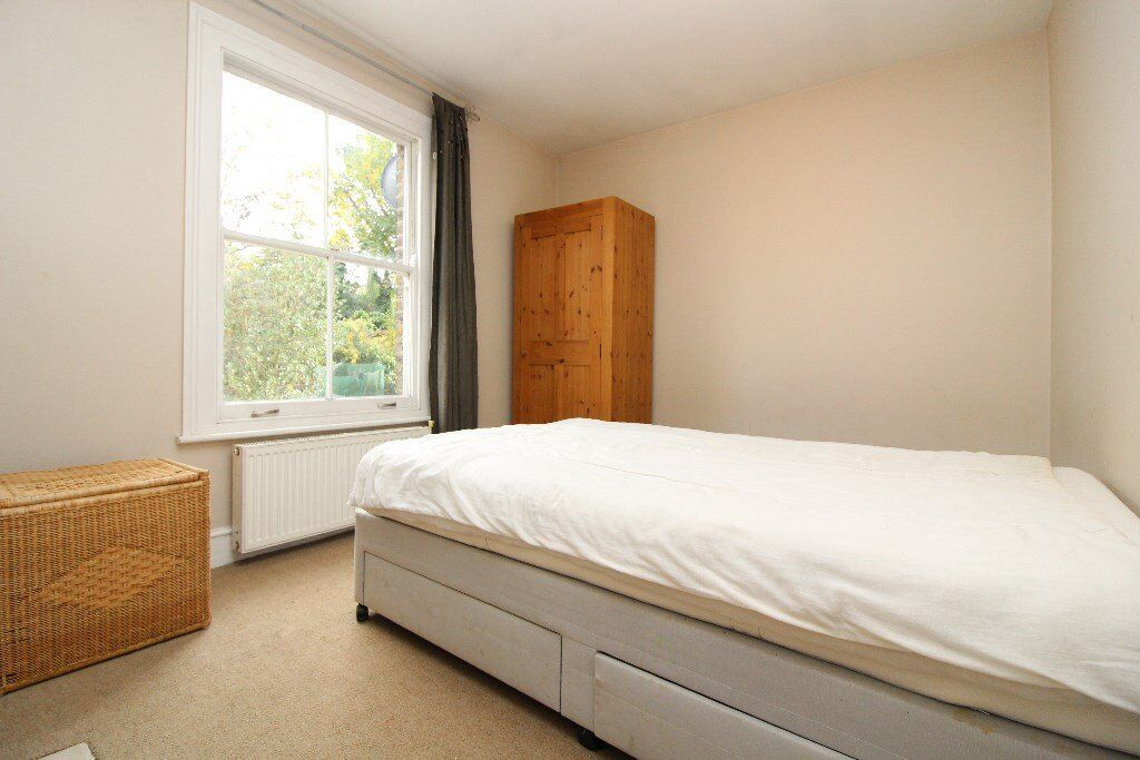 3 bedroom flat to rent in Muswell hill, N10 £390pw