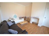 Student only Double Room . Perfect for DMU students, 5 minutes from campus. Bills Included.