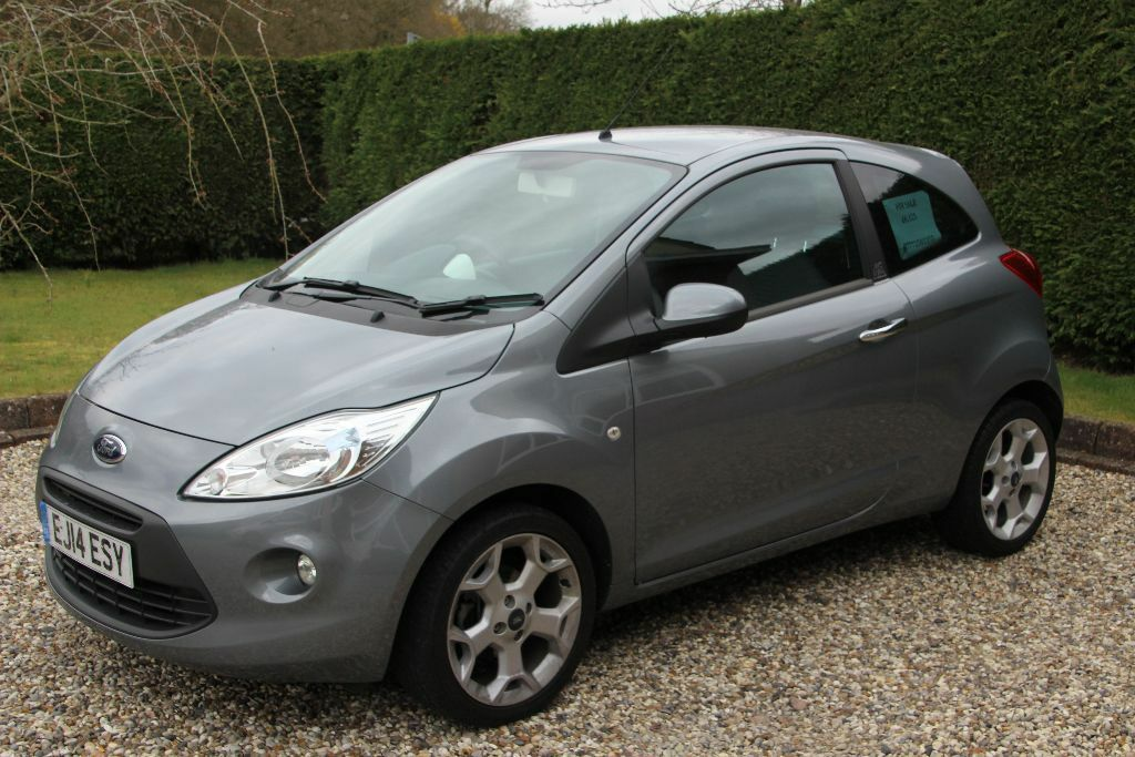ford ka 1 2 titanium 2014 grey as new a stunning little car with a lot of extras in. Black Bedroom Furniture Sets. Home Design Ideas