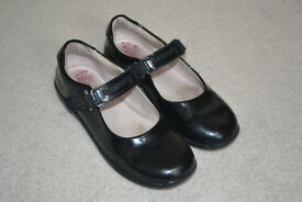 Lelli Kelly Girls Black Patent Leather Shoes - Size 30F (11.5 UK)