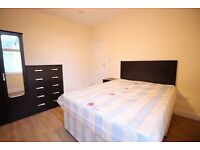 LOVELY DOUBLE ROOM IN LAMPTON ROAD, SHORT WALK TO HOUNSLOW CENTRAL STATION, SINGLE OCCUPANCY ONLY !!