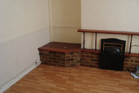 UNFURNISHED THREE (3) BEDROOM HOUSE AT GREENSIDE STREET OPENSHAW