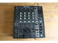 Pioneer DJM 700 in good condition fully working