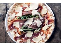Pizza Chef - Farringdon - Full-time - £ 9 - Sunday's off! Great pay! Training provided!