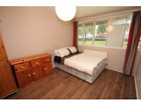 Lovely Double Bedroom Available In Aldgate, E1