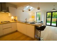 Superbly renovated Victorian terraced house, sun deck, shrt/lng term, bills inclu, furni and equi