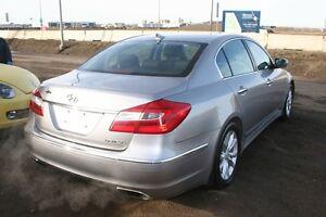 2013 Hyundai Genesis Sedan Premium LEATHER, SUNROOF,HEATED SEATS Edmonton Edmonton Area image 2