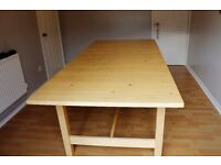 "Large extendable pine dining table 1 x 2.22 to 2.68 metres (approx 3'3"" x 7'3"" to 8'8"")"