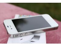 iPhone 4S 16Gb White Unlocked 4