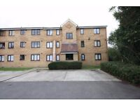 TWO BED TWO BATHROOM GROUND FLOOR FLAT IN FELTHAM near to heathrow airport hanworth stanwell ashford
