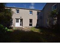 3 double bedroom house available in Kirkliston!