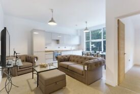 3 double bedroom apartment with 2 bathrooms - Turnpike Lane N8