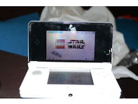 NINTENDO 3DS WHITE WITH 34 GAMES