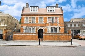 7 bed/bedroom house on Fairfield Road, Bow, London E3