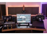 Logic Pro & Ableton Music Production / Sound Engineer / Private Lessons / Mixing / Mastering