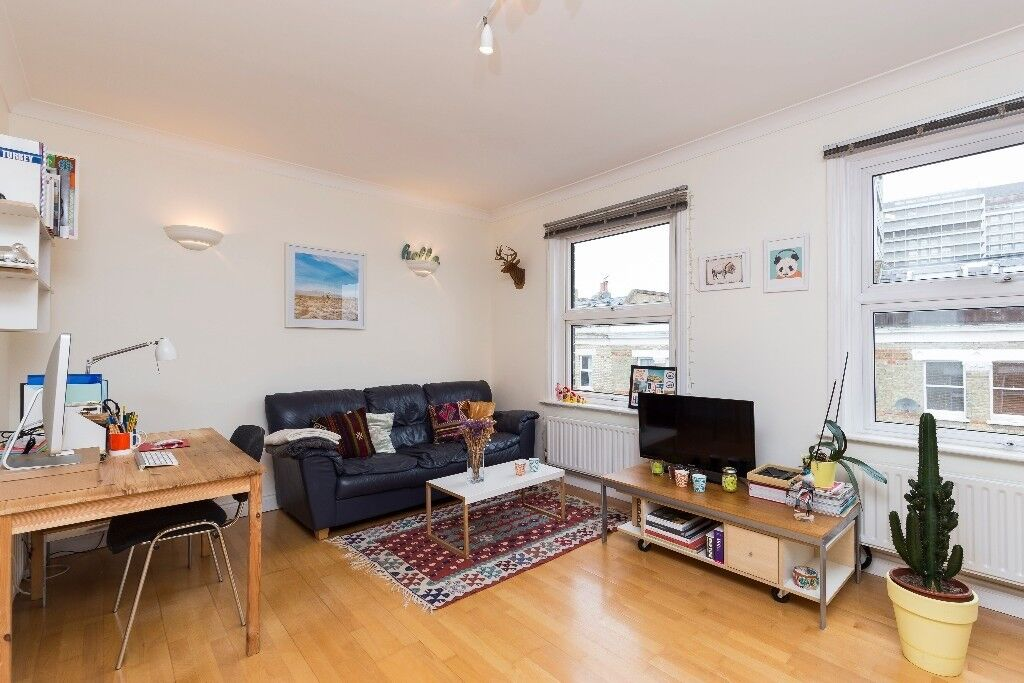Greyhound Road -well-presented one bedroom second floor flat measuring 481 sq. ft.