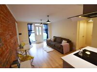 STUNNING 2 bed flat located in central Reading - Semi furnished, Ready NOW - LORNE STREET