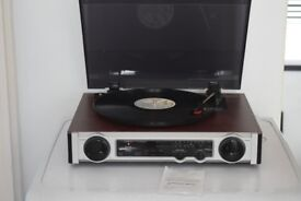 mt-ph02/3 speed record player/built in speaker can be seen working