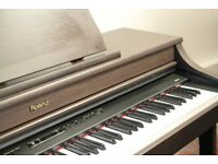 Preowned Roland HP204 Piano
