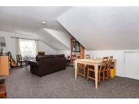 2 double bedroom top floor flat, Pinfold Road, Streatham SW16 £1500 per month