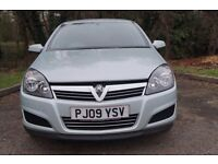 2009 vauxahll astra 1.6 petrol with 45000 miles on clock, 12 months mot