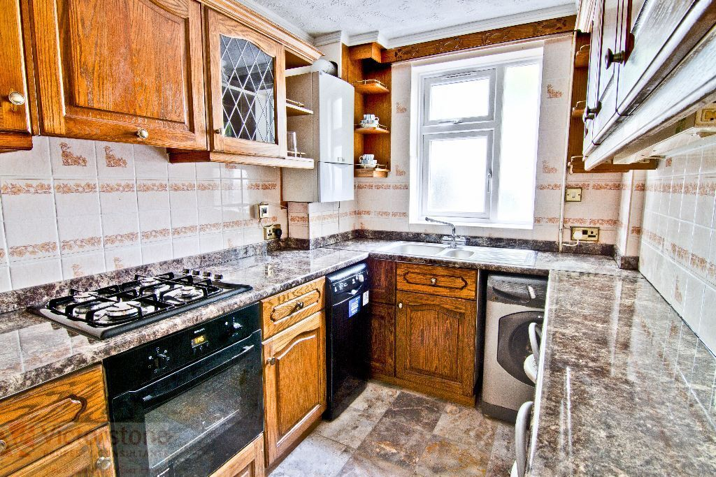 MUST SEE 4 BEDROOM TOWN HOUSE IN ALDGATE EAST SPITALFIELDS LIVERPOOL STREET ALDGATE