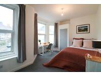 Refurbished 4 Bedroom Student House - Glen Park Avenue- 1 room available